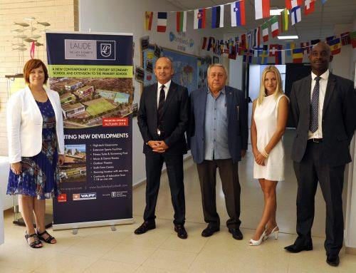 La apertura del centro de educación general Rusa tuvo lugar en el Colegio Laude The Lady Elizabeth